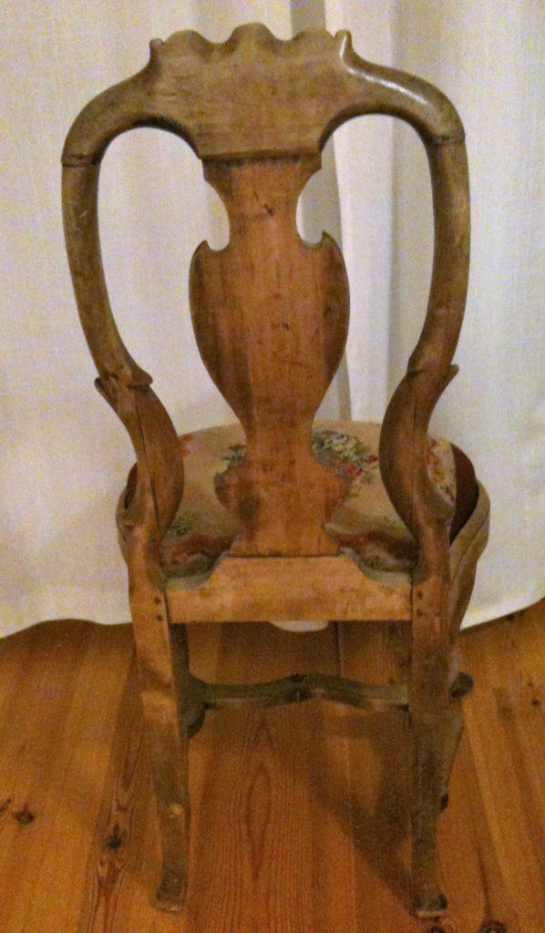Stol bakside